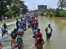 India Kérala záplavy dažde zosuvy