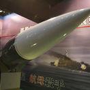 Špekulácia, zveličovanie. Čína reaguje na kritickú správu Pentagónu