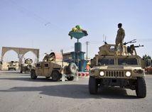 Afganistan Ghazní Taliban armáda boje