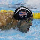 Phelps žil dva životy. V bazéne a mimo neho