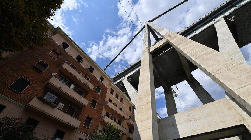 Taliansko Janov most zrútenie evakuácia