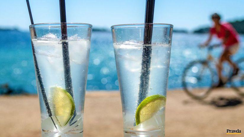 poháre, nápoj, gin tonic, slamka, cyklista