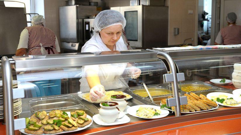 kuchárka, obed, stravovanie, jedáleň