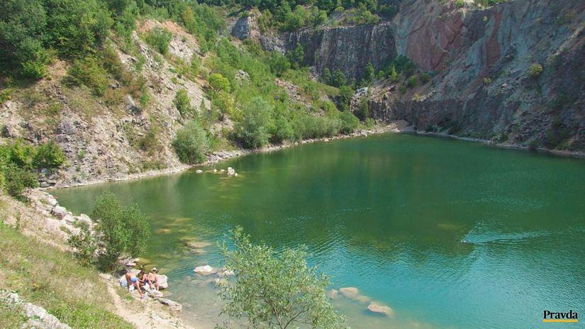 Beňatina, jazero