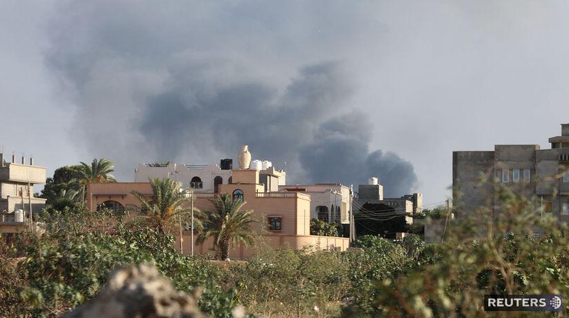 líbya, dym, výbuch, boj, tripolis