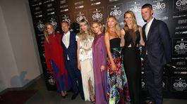 Topmodelky agentúry Elite Model Management: zľava - Michaela Hlaváčková, jej partner, Barbora Brušková, Erika Palkovičová, Hana Jiříčková, Sasha Gachulincová a jej partner.