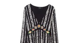 Dámske dlhé šaty Desigual, predávajú sa za 119,95 eur.