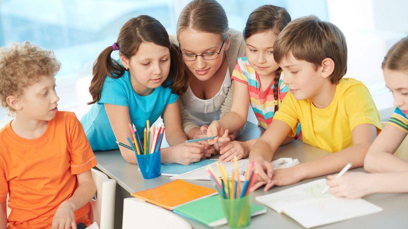 škola, žiaci, učiteľ, deti