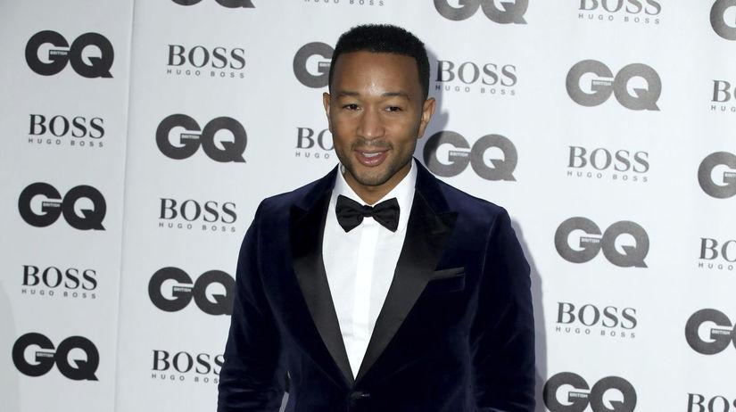 Hudobník John Legend tiež dorazil na vyhlásenie...