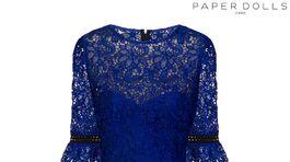 Dámske čipkované šaty Paper Dolls London, predáva Next za 64 eur.