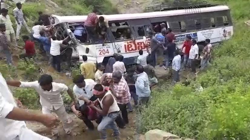 india, nehoda, autobus