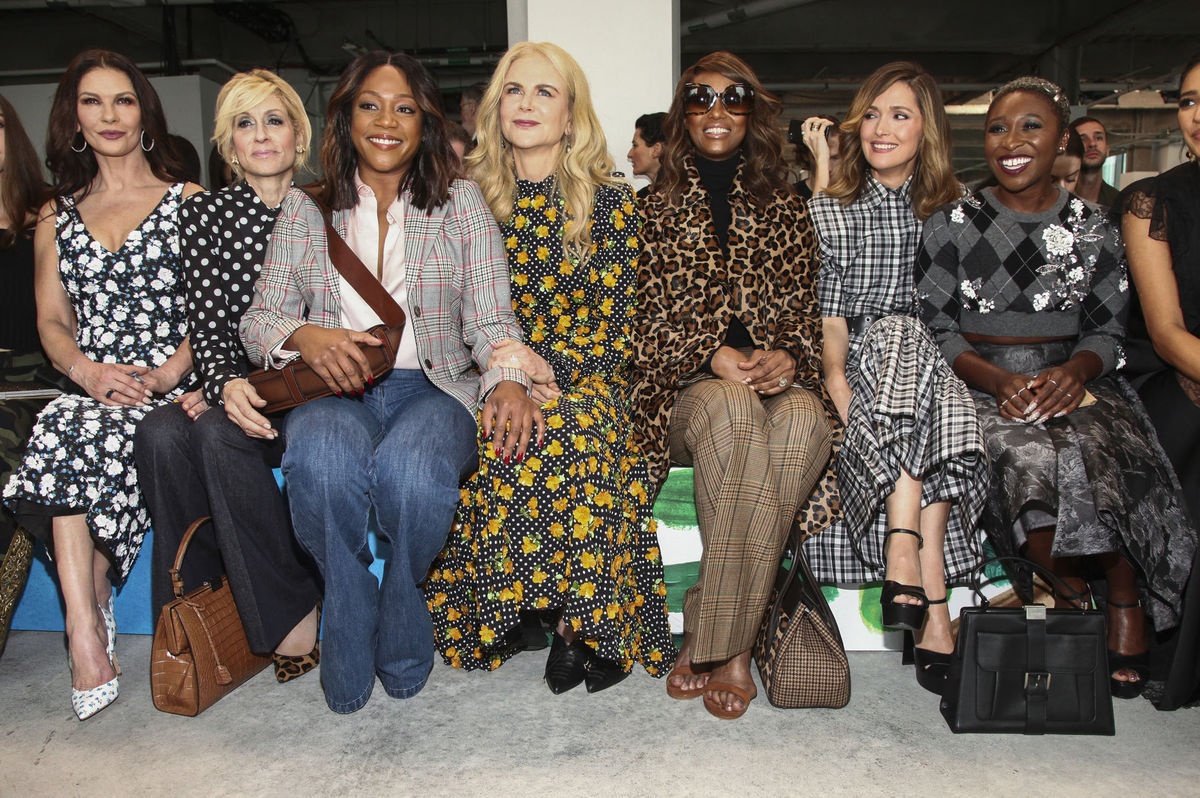Catherine Zeta-Jones, Judith Light, Tiffany Haddish, Nicole Kidman, modelka Iman a herečky Rose Byrne a Cynthia Erivo