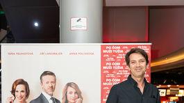 Herec Marek Majeský si prišiel pozrieť novú českú komédiu.