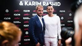 Moderátor Libor Bouček (vľavo) a svetoznámy dizajnér Karim Rashid.