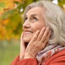 seniori, stará žena, babka