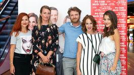 Tvorcovia filmu Po čom muži túžia - zľava: Radka Treštíková, Anna Polívková, Rudolf Havlík, Táňa Pauhofová a Sara Sandeva.