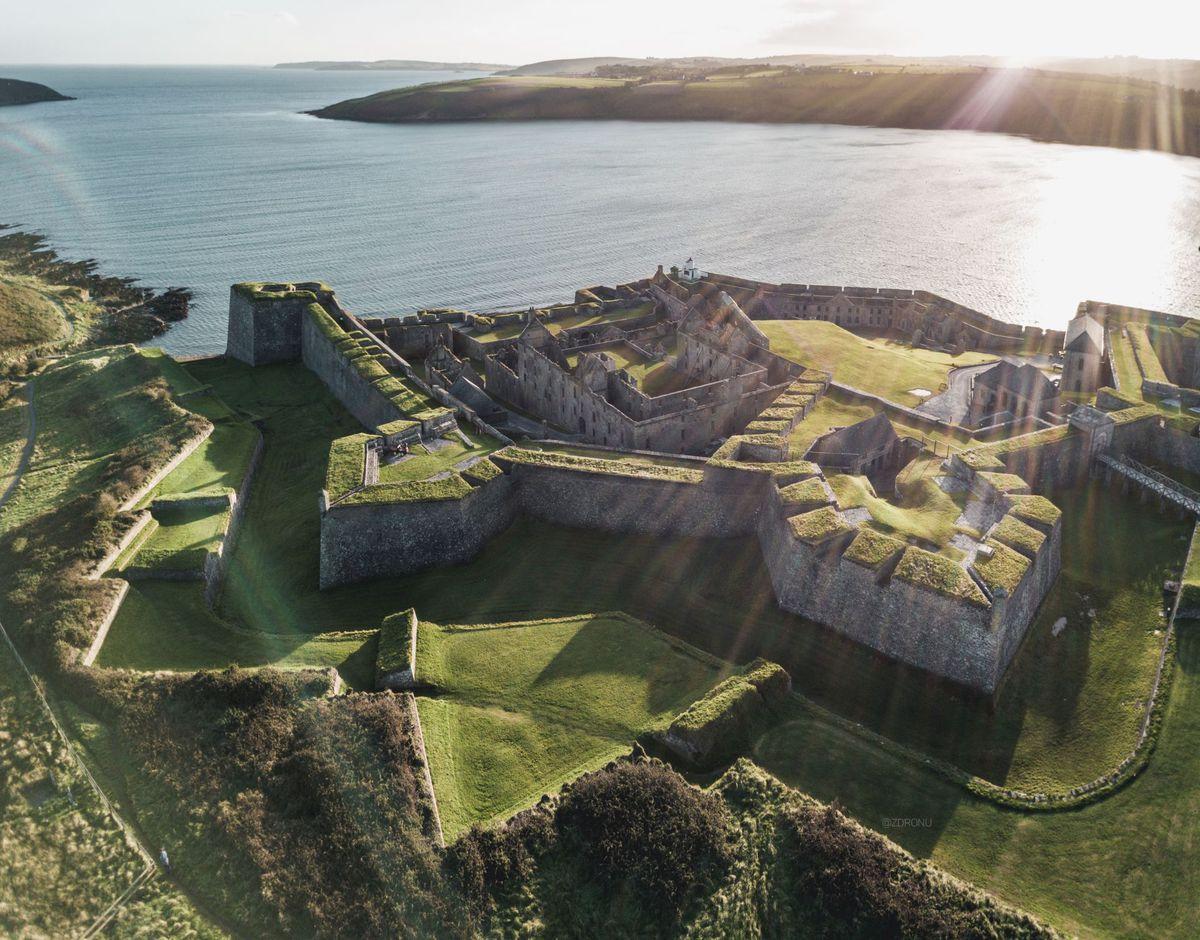 Pevnost Charles Fort, Írsko