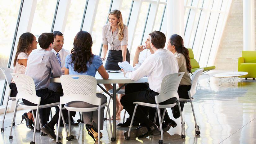 zhromaždenie, zasadnutie, spoločenstvo...