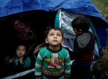 migrant dieťa deti tábor
