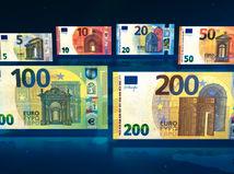 ECB predstavila nové bankovky v hodnote 100 a 200 eur