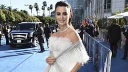 Herečka Penelope Cruz prišla v kreácii Chanel Haute Couture.