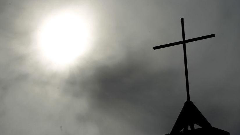 kríž, sexuálny škandál, sexuálne zneužívanie, kňaz