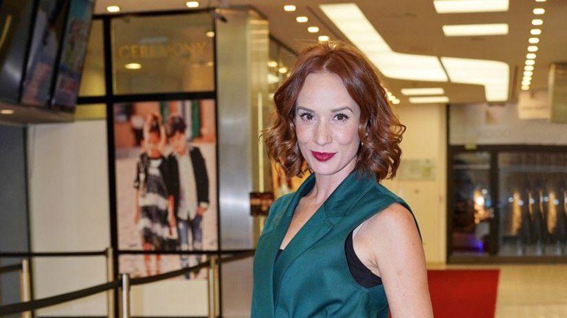 Slovenská herečka Táňa Pauhofová na premiére...
