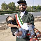 Irán prehliadka vojenská útok zranení