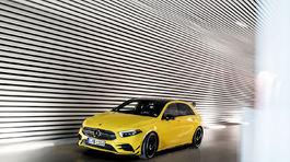 Mercedes A AMG 24 5ba20e8636d68