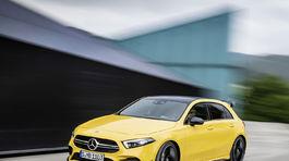 Mercedes A AMG 25 5ba20e8662c8d