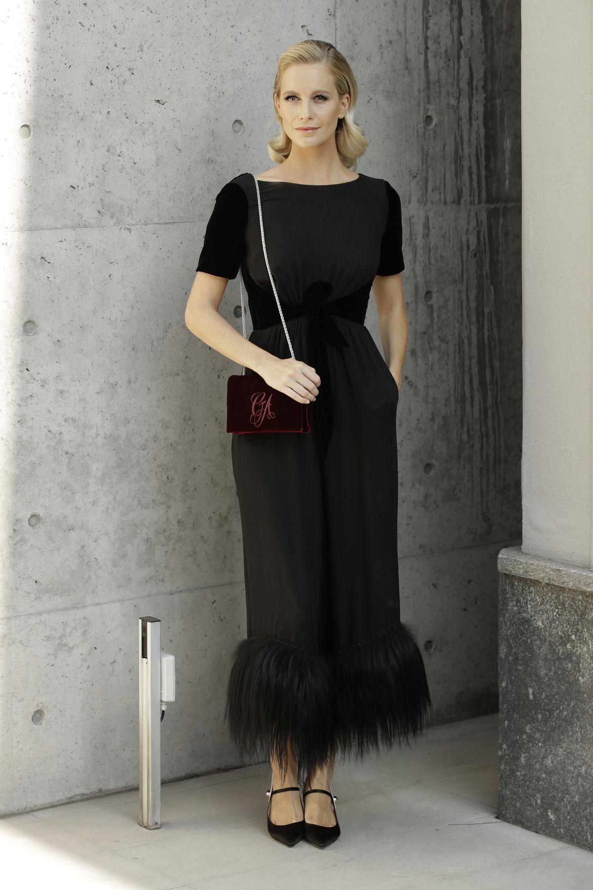 Modelka Poppy Delevingne.-