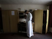 Slovensko cirkev viera celibát Lajcha