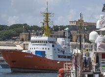 Panama Aquarius loď záchranárska registrácia zrušenie
