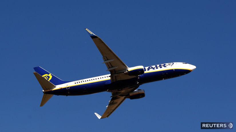 ryanair, lietadlo, boeing 737