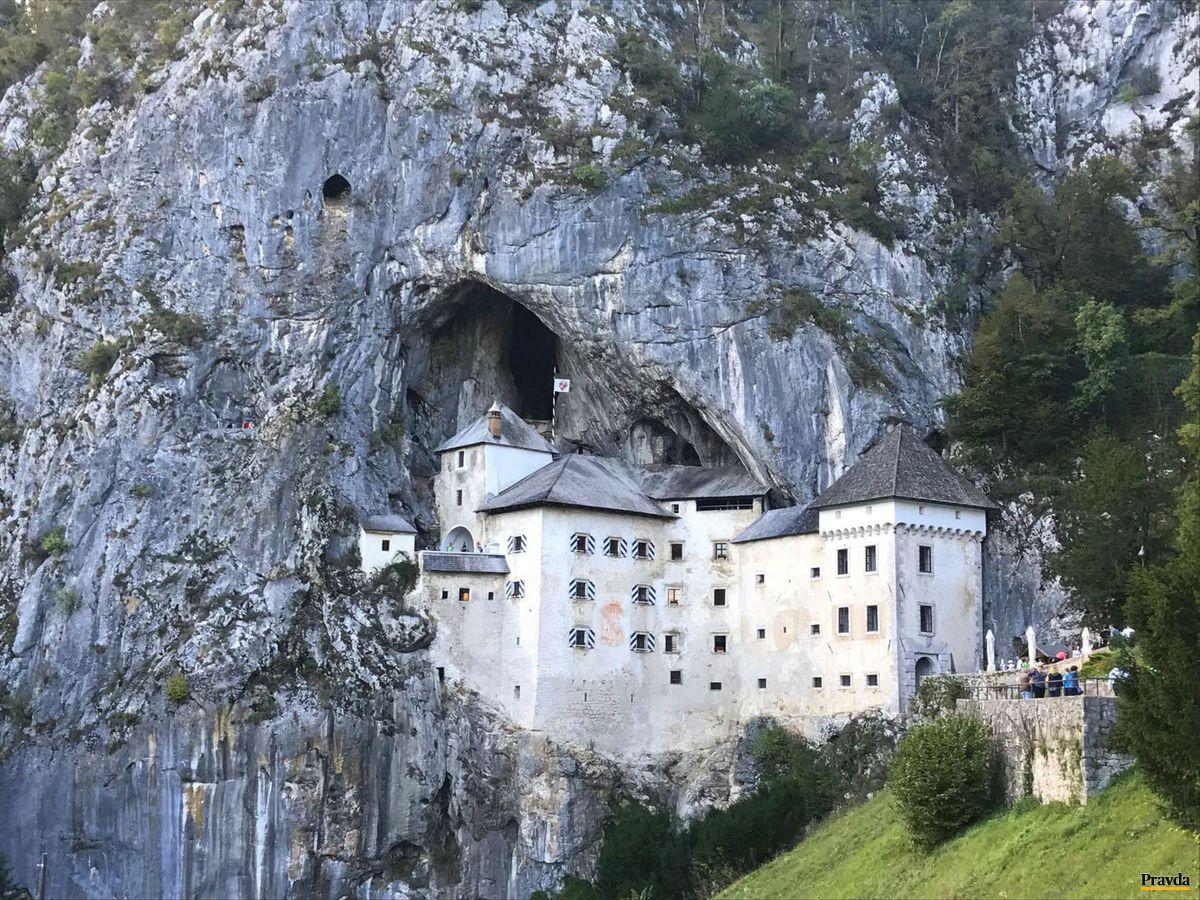 Slovinsko, hrad Predjama