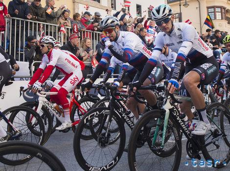 Štvrtú etapu v Číne vyhral Moscon. Baška skončil v druhej stovke 9e152fcbd76