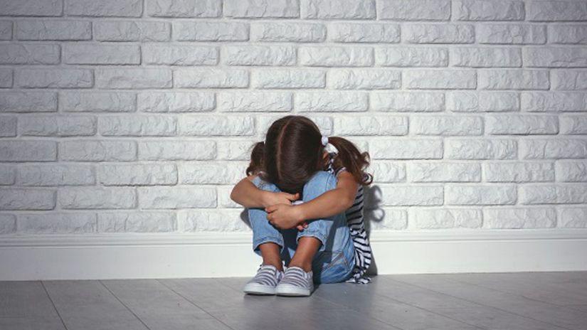 Dieťa, sirota, osamelosť,