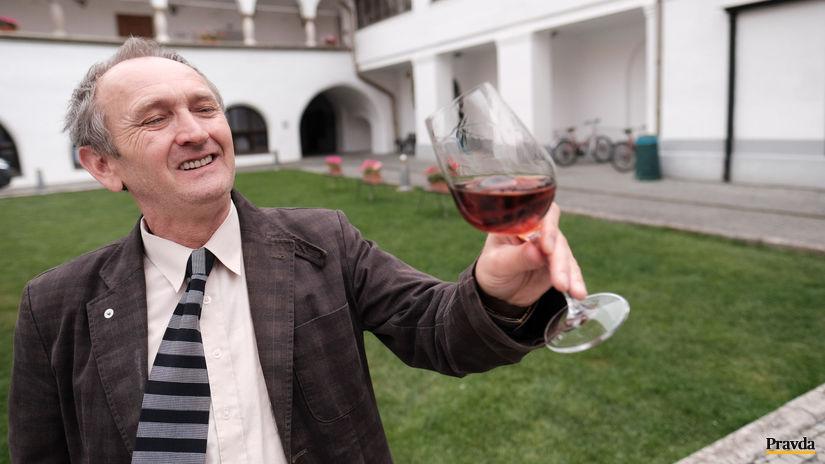 Milan Kakaš ide v stopách legendárneho tokajského vinára Lacko Mathé.