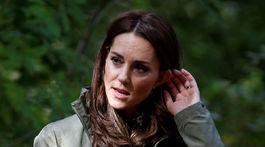 Vojvodkyňa Kate z Cambridge v ležérnej kombinácii.