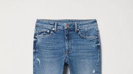 Dámske džínsy značky H&M, predávajú sa za 39,99 eura.