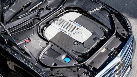 Mercedes-Benz skončí s 12-valcom. Nahradí ho plug-in hybridom