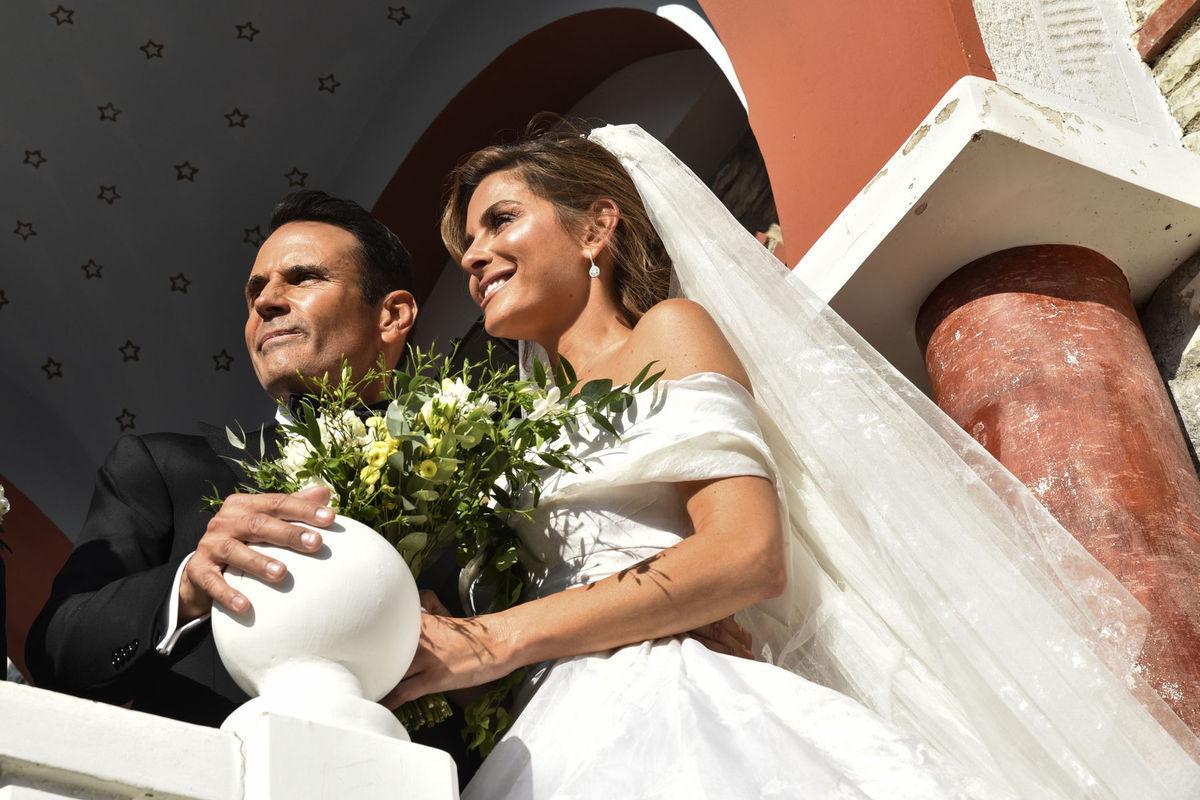 f1a589635c31 Moderátorka Maria Menounos a jej manžel -.