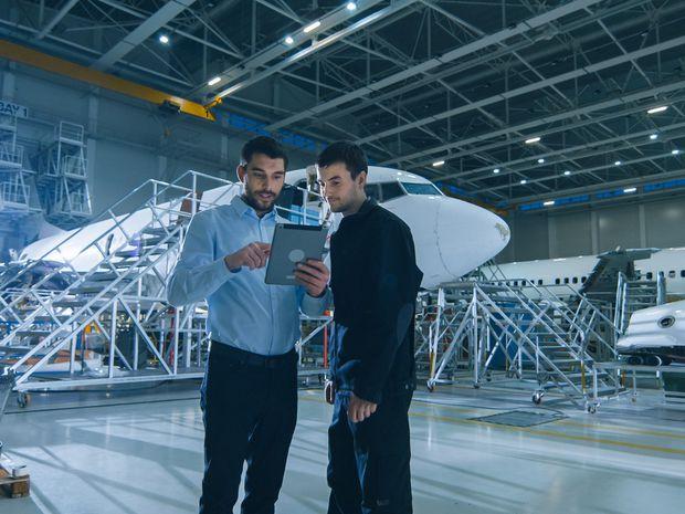 práca, letisko, technik, lietadlo, automatizácia, inovácie