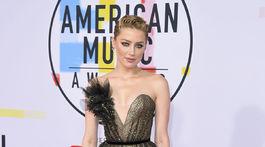 Herečka Amber Heard v kreácii Ralph & Russo Couture.