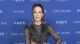 Herečka Kate Beckinsale na akcii magazínu Porter' - Annual Incredible Women Gala v Los Angeles.