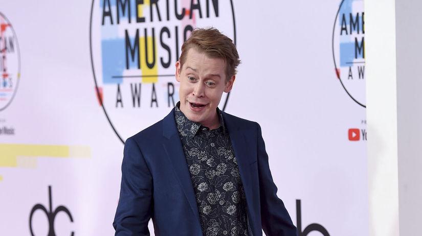 Na akcii AMA 2018 sa objavil aj herec Macaulay...