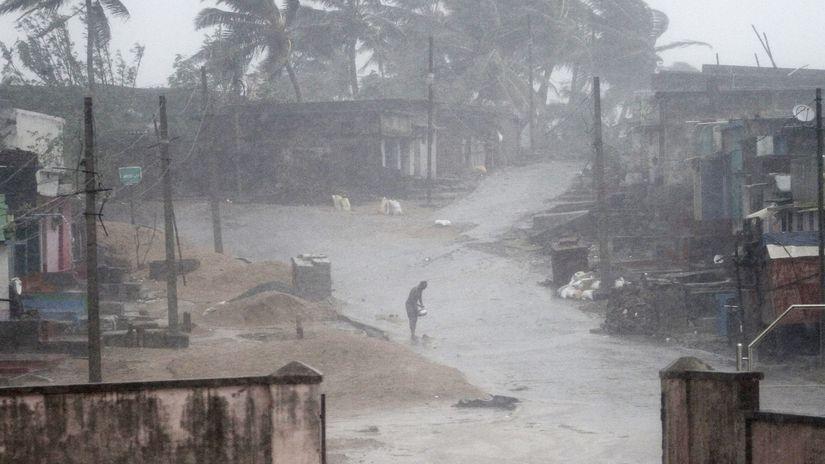 india, cyklóna