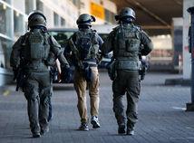 kolín, nemecko, polícia, kukláči, zásah