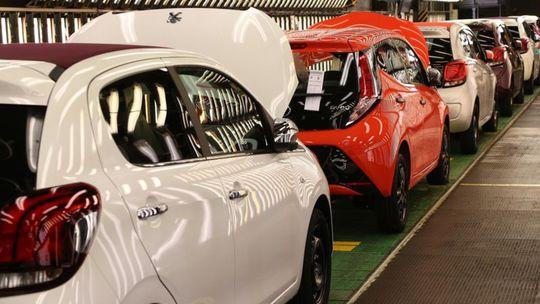 Prežijú kolínske trojčatá? Toyota, Peugeot a Citroën sa musia dohodnúť