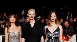 Dakota Johnson, Tilda Swinton a Mia Goth